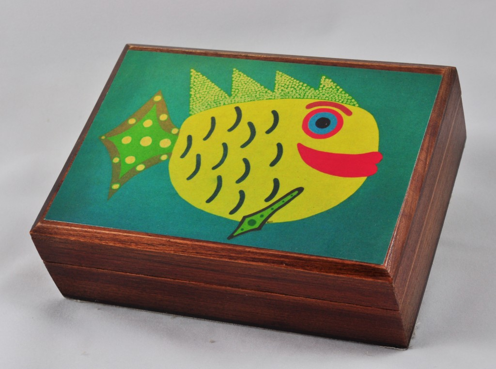 Annabella Box with &#8220;Yellow Fun Fish&#8221; Art